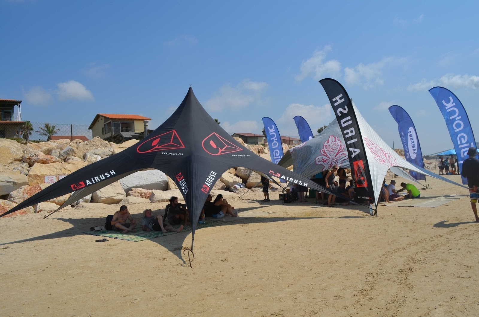 כל מה שצריך לדעת על אירוע בחוף הים